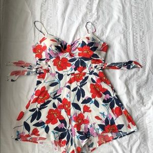 Gianni Bini GB Romper Floral White Red Pink XL
